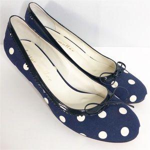 Anthropologie bettye muller navy polka dot heels